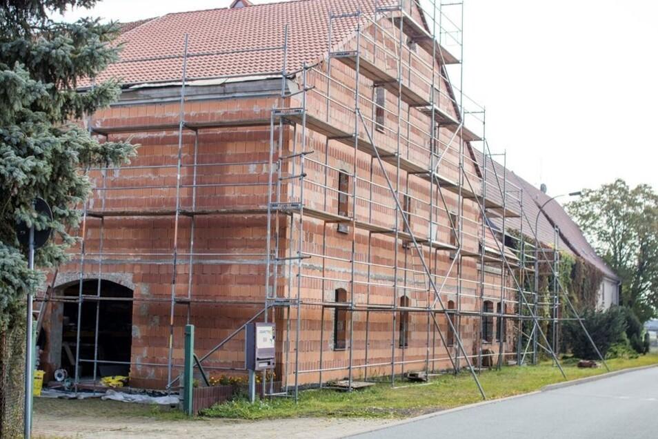 Des letzte Teils des Hofes soll schon bald fertiggestellt sein.