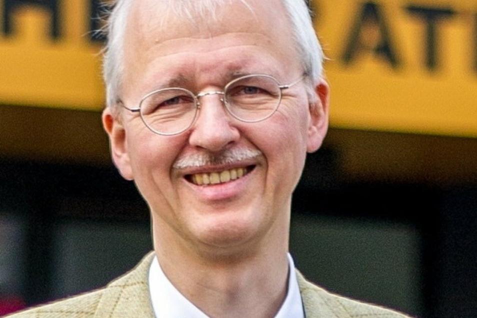 Radebeuls Erster Bürgermeister Jörg Müller (parteilos) ist für das Bauen in der Stadt zuständig.