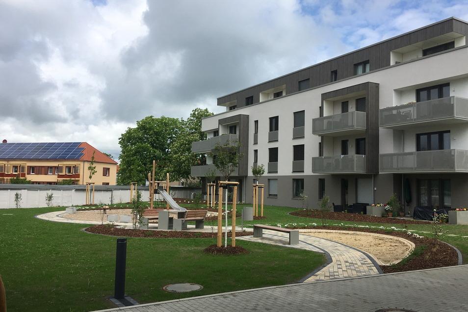 So ansprechend ist der Innenhof der neuen Wohnhäuser Weßnitzer Straße 96/98.