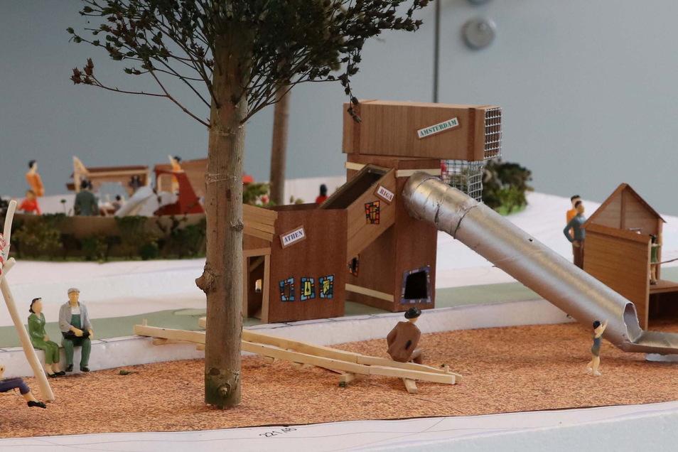 Kletterturm und lange Rutsche: Auch das wünschen sich die meisten Kinder auf einem Spieplatz.
