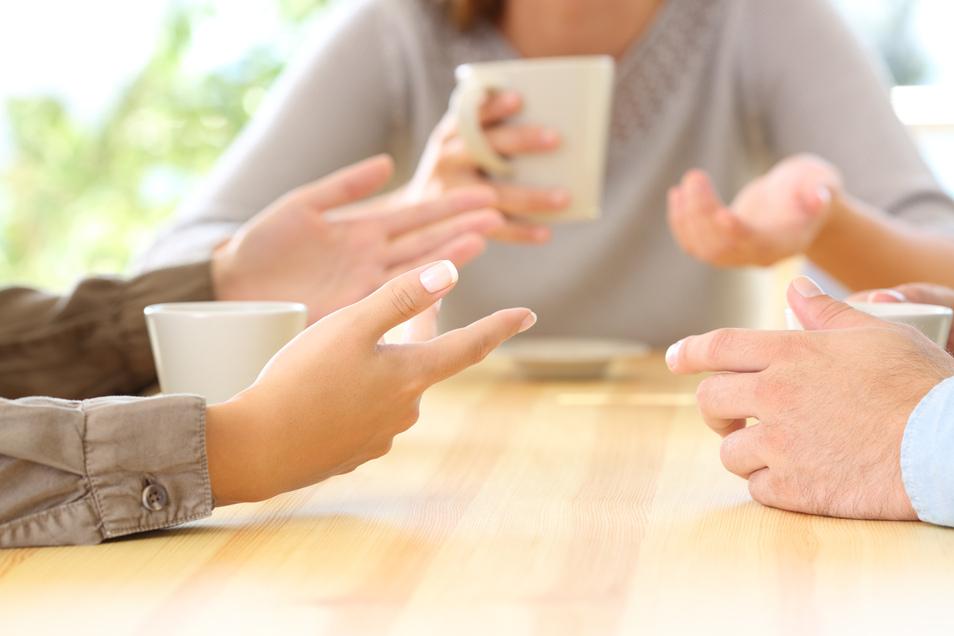 Einsame Entscheidungen strapazieren oft den Familienfrieden. Doch wie gehen Familien mit Konflikten um?