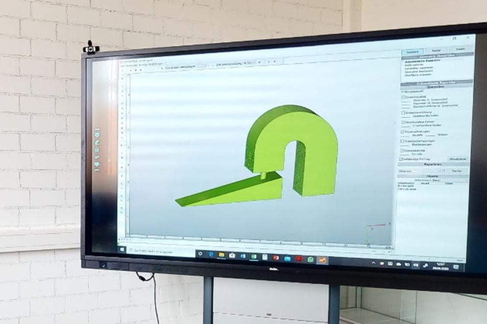Werkstücke, Bauteile und weitere Elemente können einfach am Computer entworfen und am 3D-Drucker erzeugt werden.