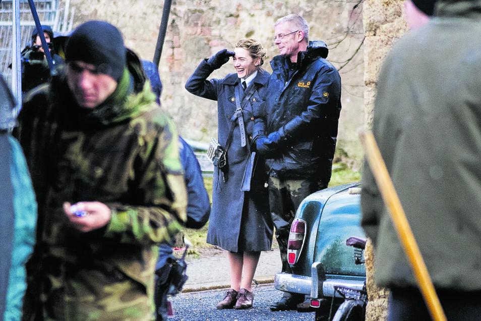 """Stephen Daldry (rechts), Oscar-Preisträger und Regisseur des Films """"Der Vorleser"""", steht hier neben Hauptdarstellerin Kate Winslet, die ebenfalls schon angefragt ist."""