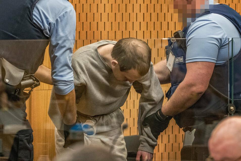 Der Attentäter von Christchurch im Gerichtssaal. Er muss für den Rest seines Lebens in Haft - ohne Chance auf eine vorzeitige Entlassung.