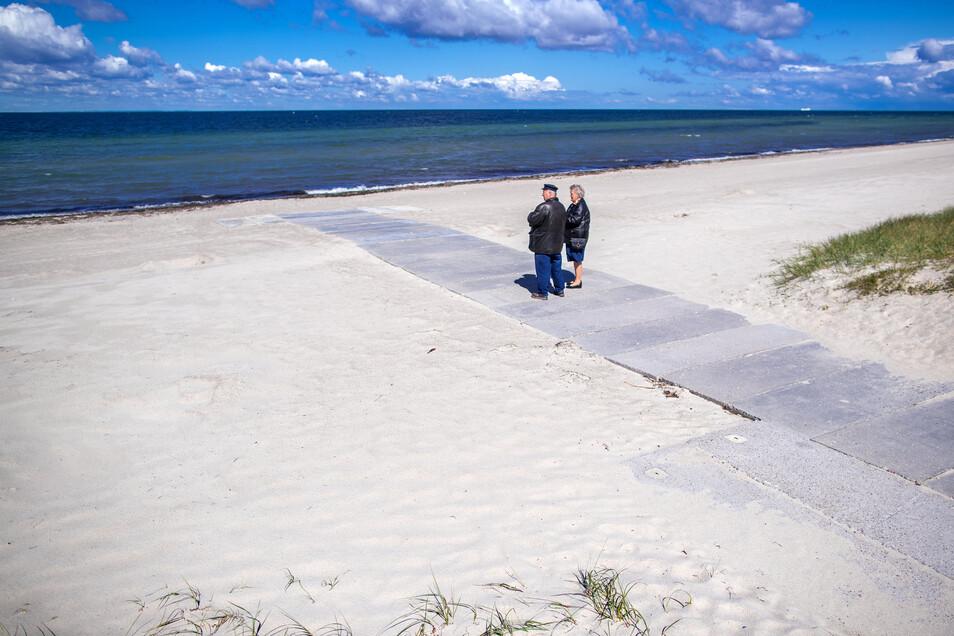 Das Tourismusland Mecklenburg-Vorpommern öffnet wieder seine Gaststätten und beendet noch vor Pfingsten das mehrwöchige Einreiseverbot für auswärtige Touristen.