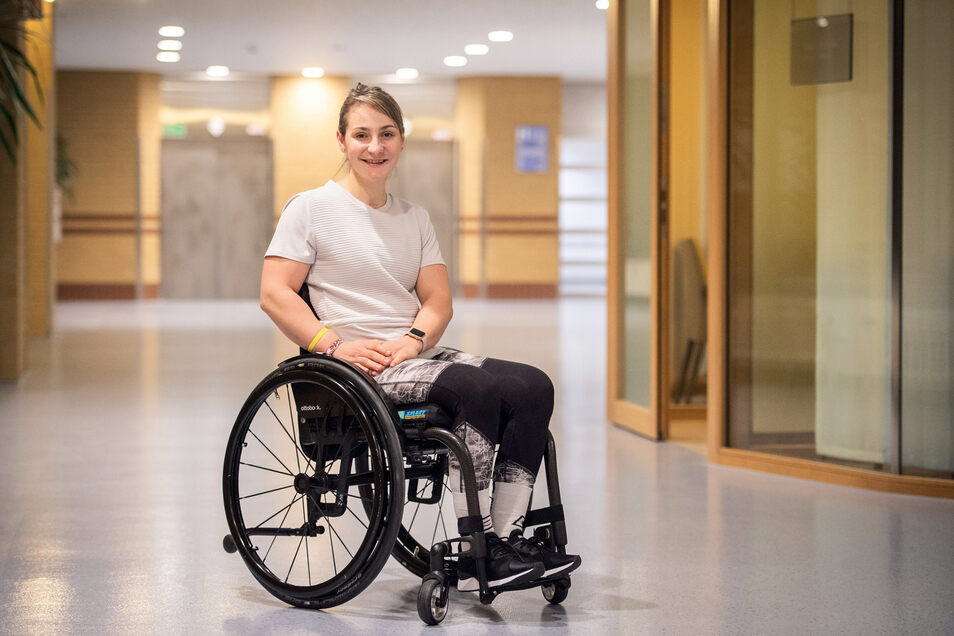 Ihr Lachen hat Kristina Vogel auch in der schweren Zeit im Unfallkrankenhaus Berlin nicht verloren.