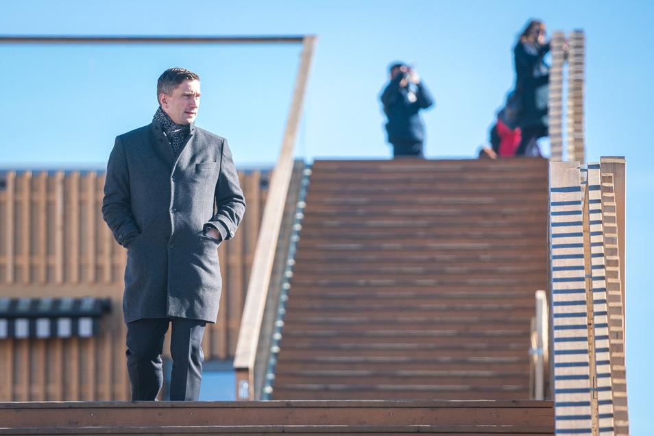 Martin Dulig ist Wirtschaftsminister und Chef der Sachsen-SPD. Sächsische.de erzählte er vom Wandel seiner Meinung über Schulden.