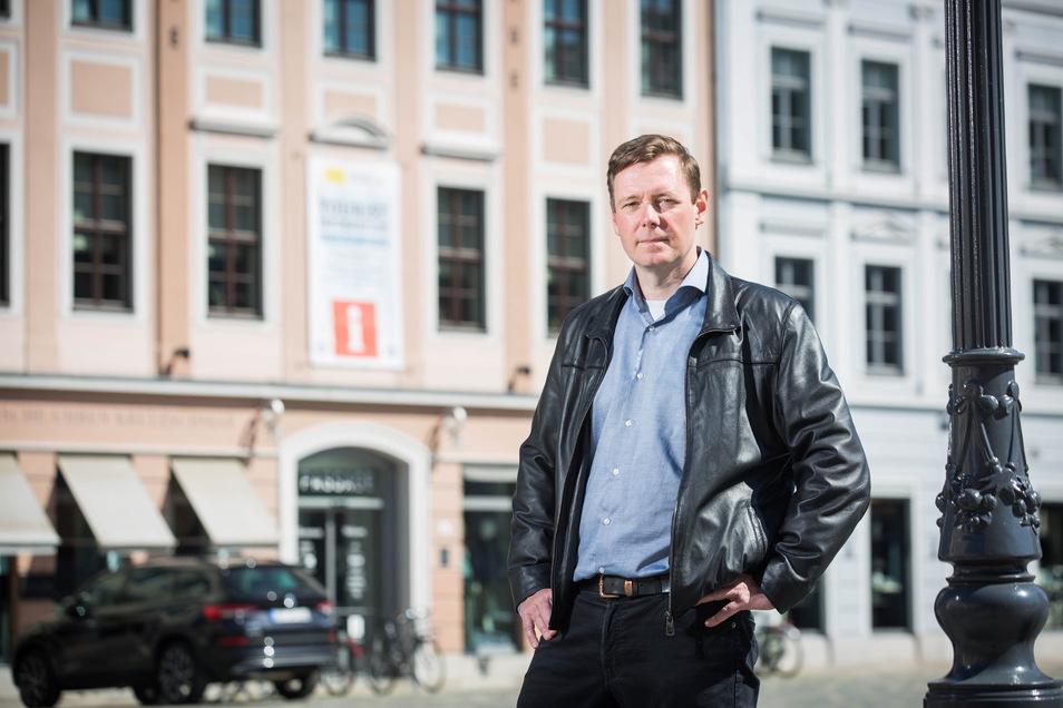 Sven Ruschau von der Touristeninformation in Dresden am Neumarkt.