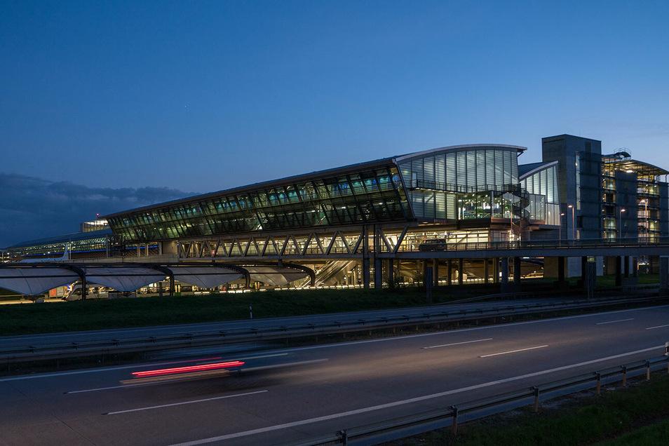 Blick auf das Terminal des Leipziger Airports