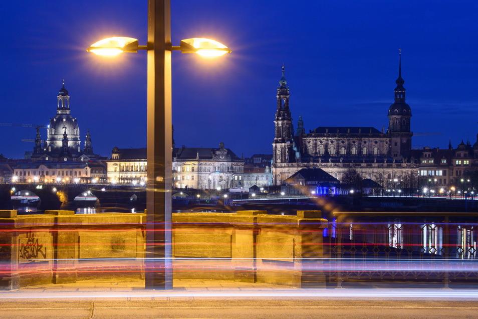 In Dresden ist die Zahl der Corona-Todesfälle erneut auf einen Rekordwert gestiegen.