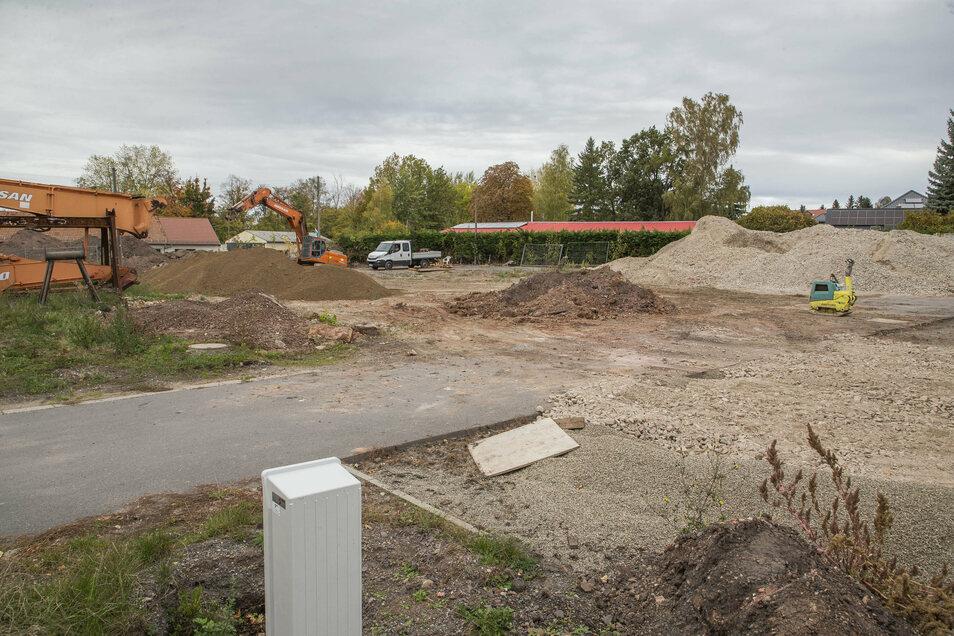 An der Stelle des abgerissenen alten Landhandels im Bannewitzer Ortsteil Hänichen soll der neue Konsum entstehen.