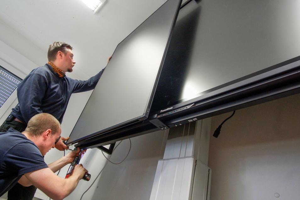 Im vergangenen Jahr wurden im Wilthener Schulzentrum die ersten vier digitalen Tafeln installiert. Jetzt sollen 56 weitere hinzu kommen.