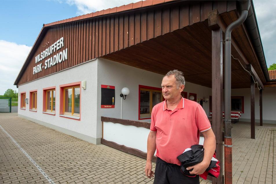 Der Vereinschef der SG Motor Wilsdruff, Mario Gnannt, und sein Verein feiern an diesem Wochenende 100 Jahre Fußball in Wilsdruff.