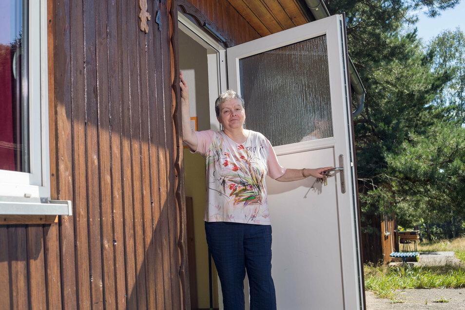 """""""Es kommen auch deutlich weniger Familien zu uns. """" Gesine Witt vom Kinder- und Jugenddorf Erna in Papstdorf."""