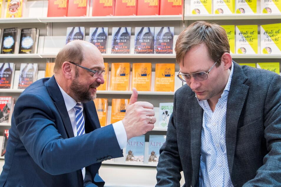 2017 diskutierte Clemens Meyer auf der Leipziger Buchmesse mit SPD-Kanzlerkandidat Martin Schulz.