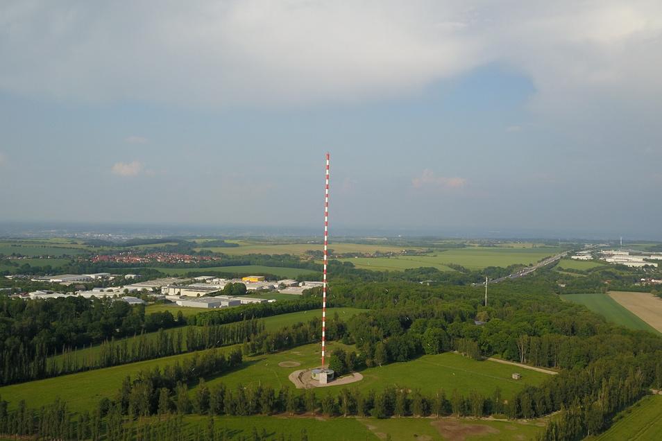 Kann das Fußgebäude des Wilsdruffer Sendemastes erhalten bleiben? Das Landratsamt Pirna hat ein Interesse daran.