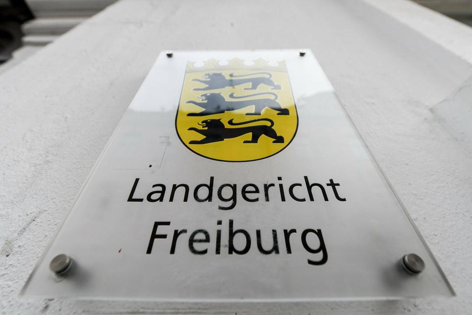 Das Landgericht Freiburg wies die Sicherheitsverwahrung für den Ex-Trainer an.