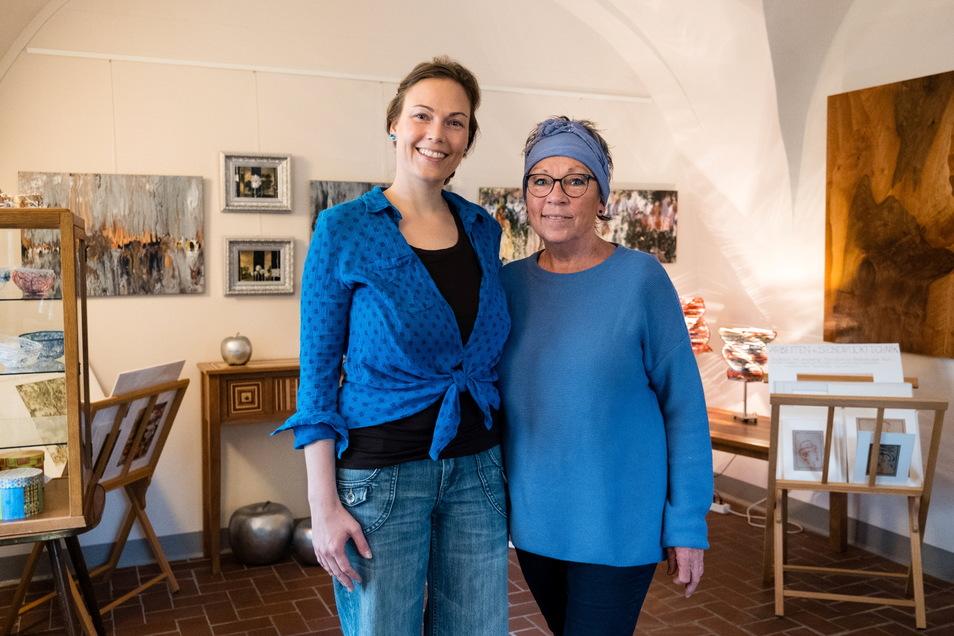 Fanny (l.) und Silvia Bracke aus Reichenbach in ihrem neuen Geschäft am Obermarkt 29 in Görlitz.