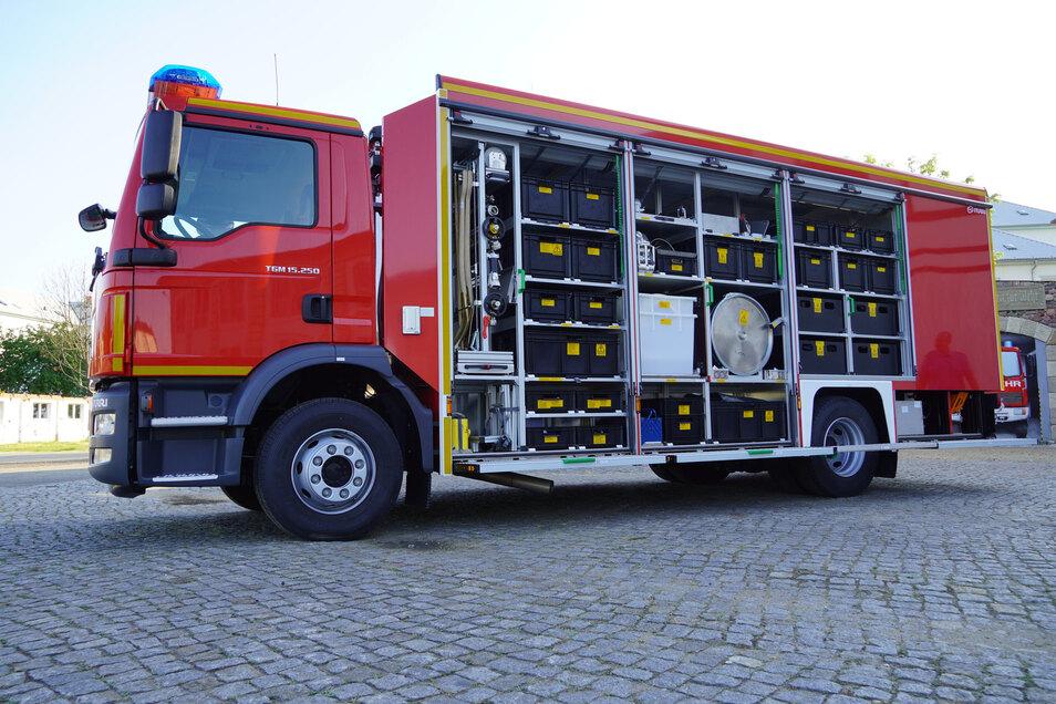Das neue Fahrzeug der Riesaer Feuerwehr ist mit moderner Technik ausgestattet.