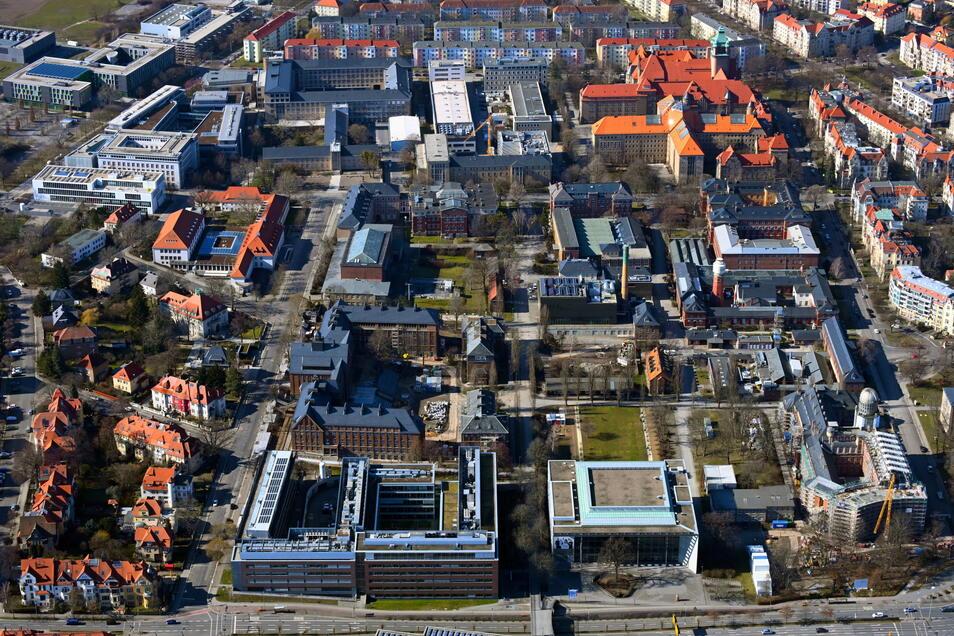 Sachsen bleibt bei seinen hohen Studentenzahlen und baut die Hochschulen weiter aus. Hier der zentrale Campus der Technischen Universität Dresden.