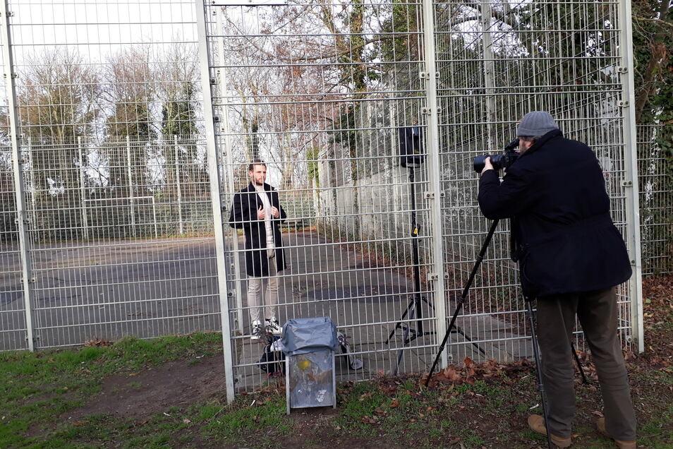 Zum Shooting mit Fotograf Thomas Kretschel präsentiert sich Justin Eilers dort, wo alles begann: Im Braunschweiger Stadtteil Kanzlerfeld. Foto: Sven Geisler