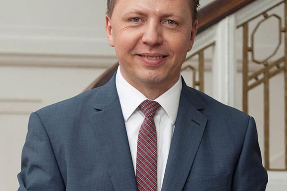Im Gespräch mit Dr. Jörg Schädlich, Rechtsanwalt, Fachanwalt für Handels- und Gesellschaftsrecht, Fachanwalt für Insolvenzrecht, geprüfter Betriebswirt (ILS)
