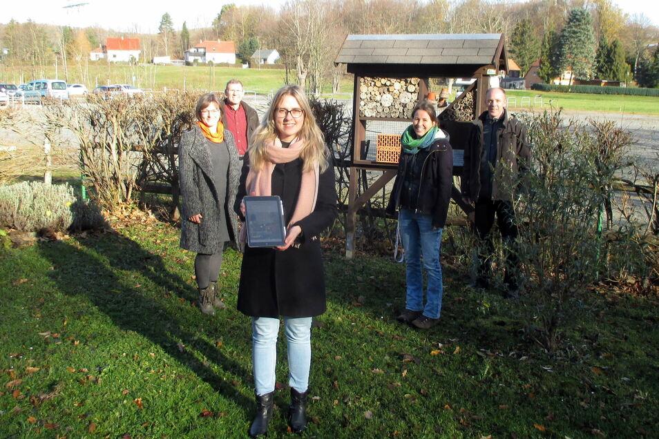 Die Aktivitäten der Naturschutzakteure im Kreis Bautzen findet man jetzt zentral auf einer Webseite. Koordiniert wird das Projekt von Cornelia Korch (vorn).