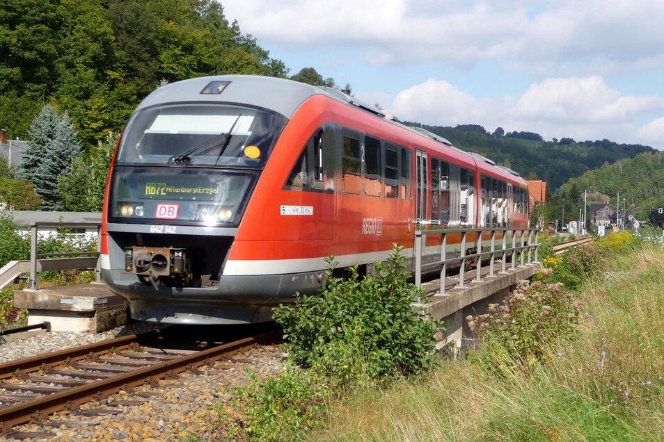 Ein Bild aus früheren Jahren: Die DB unterwegs im Müglitztal. Im kommenden Jahr wird sie aller Voraussicht nach wieder zurückkehren.