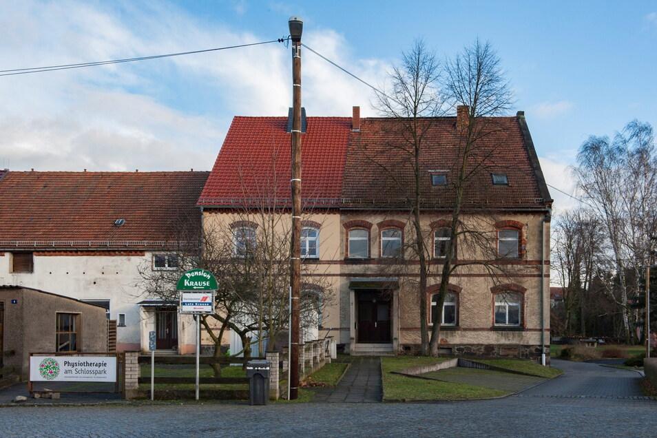 Das Inspektorhaus am Schloss Schönfeld.