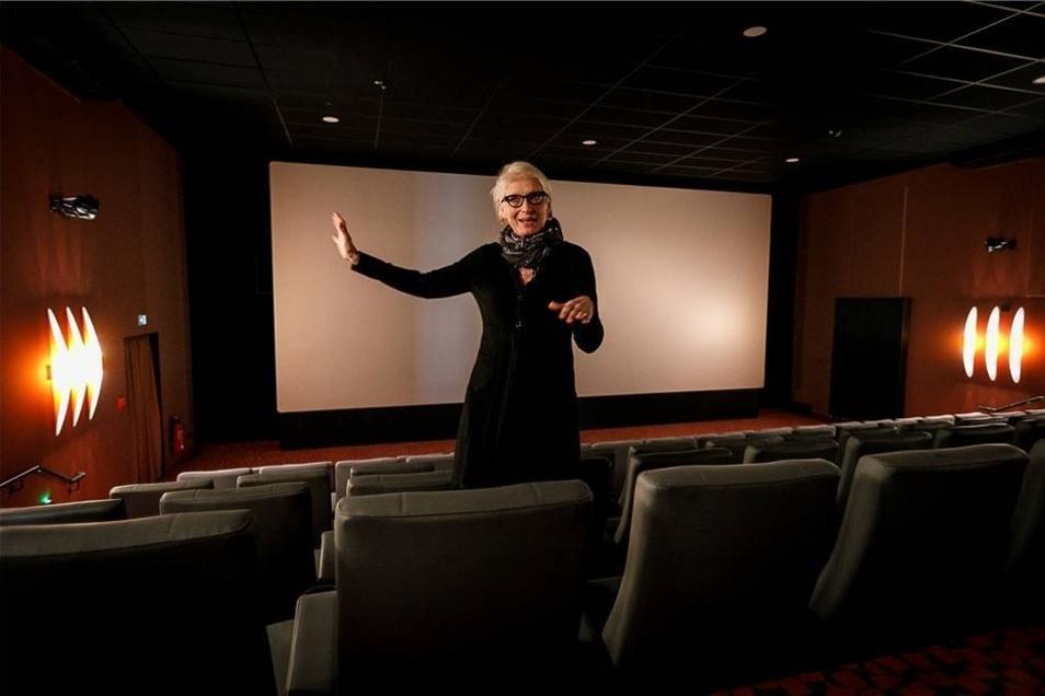Marlis Kieft, Geschäftsführerin des Kinobetreibers Kieft & Kieft, beantwortete kurz vor der Eröffnung die Fragen der Journalisten.