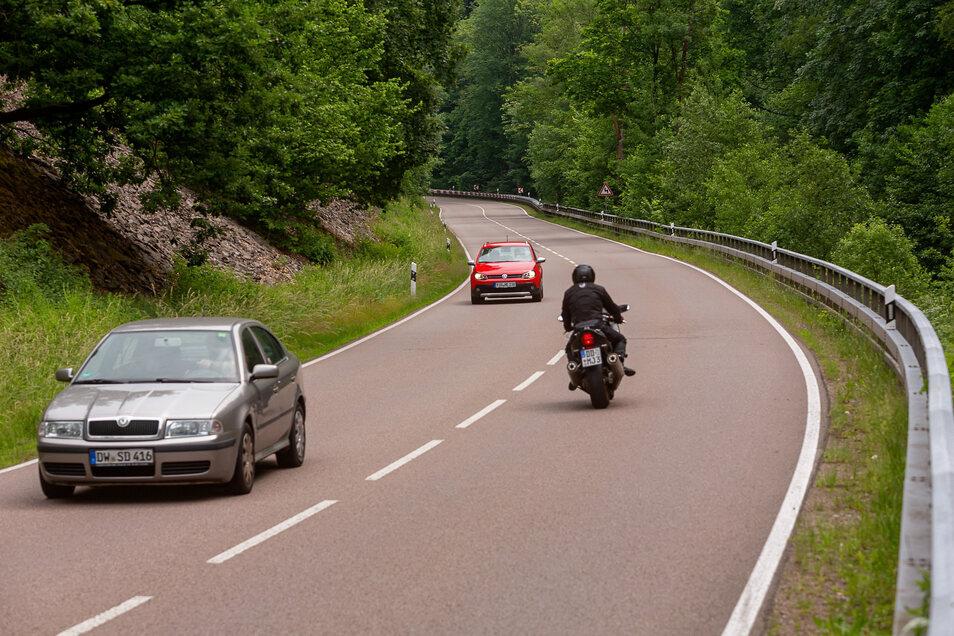 Drei Unfälle mit Personenschaden sind seit 2017 hier zwischen Schlottwitz und Glashütte passiert.