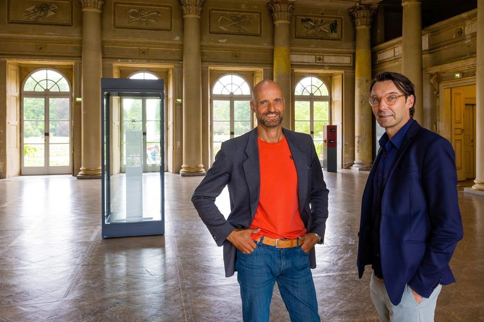 Zwei Chefs, eine Vision: Dirk Welich, Schloss- und Parkdirektor (l.) und Thomas A. Geisler, Direktor des Kunstgewerbemuseums der Staatlichen Kunstsammlungen Dresden, wollen die barocke Anlage für die Besucher gemeinsam entwickeln.