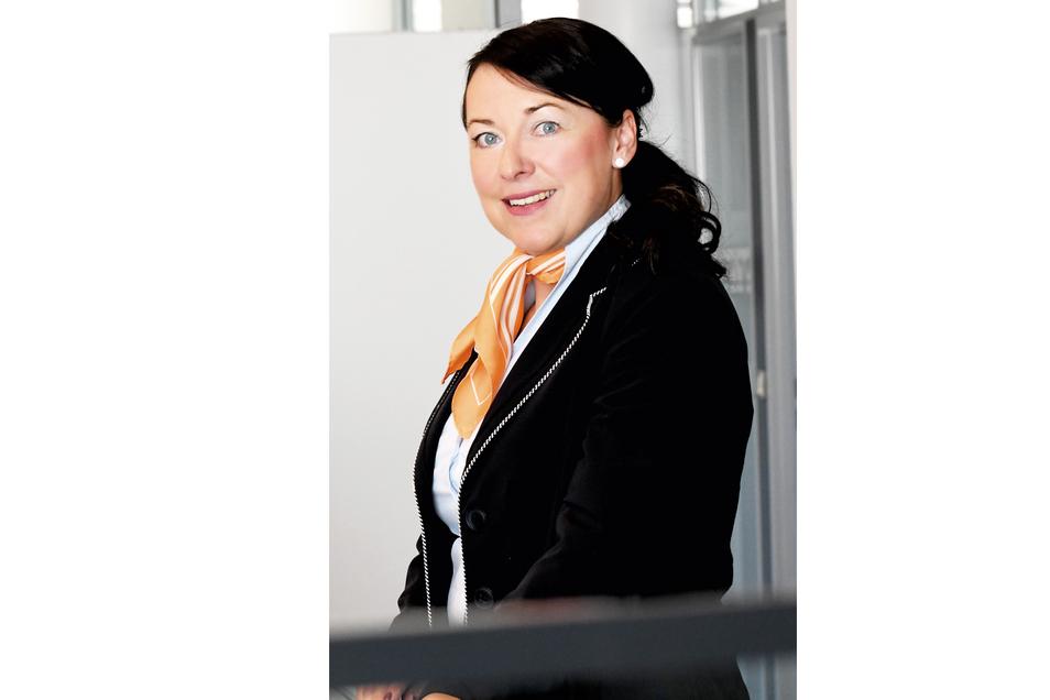 Yvonne Bäsler, Privatkundenbetreuerin