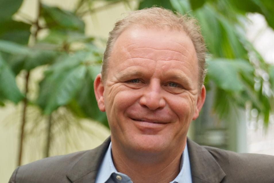 Karl-Heinz Ukena ist der Direktor des Zoo Dresden.