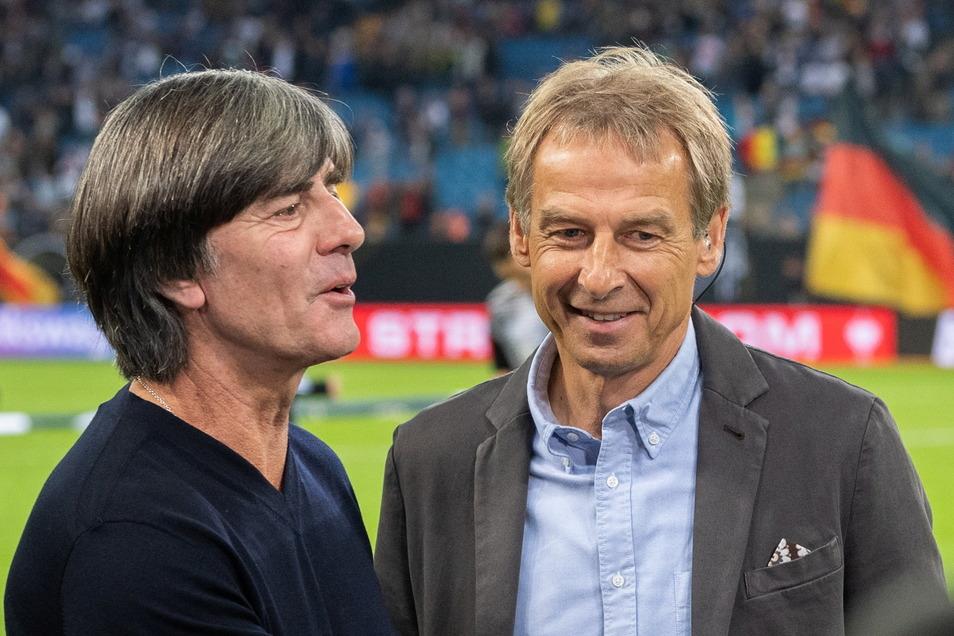 Jürgen Klinsmann wünscht seinem ehemaligen Assistenten und jetzigen Bundestrainer Joachim Löw zum Abschied den EM-Titel.