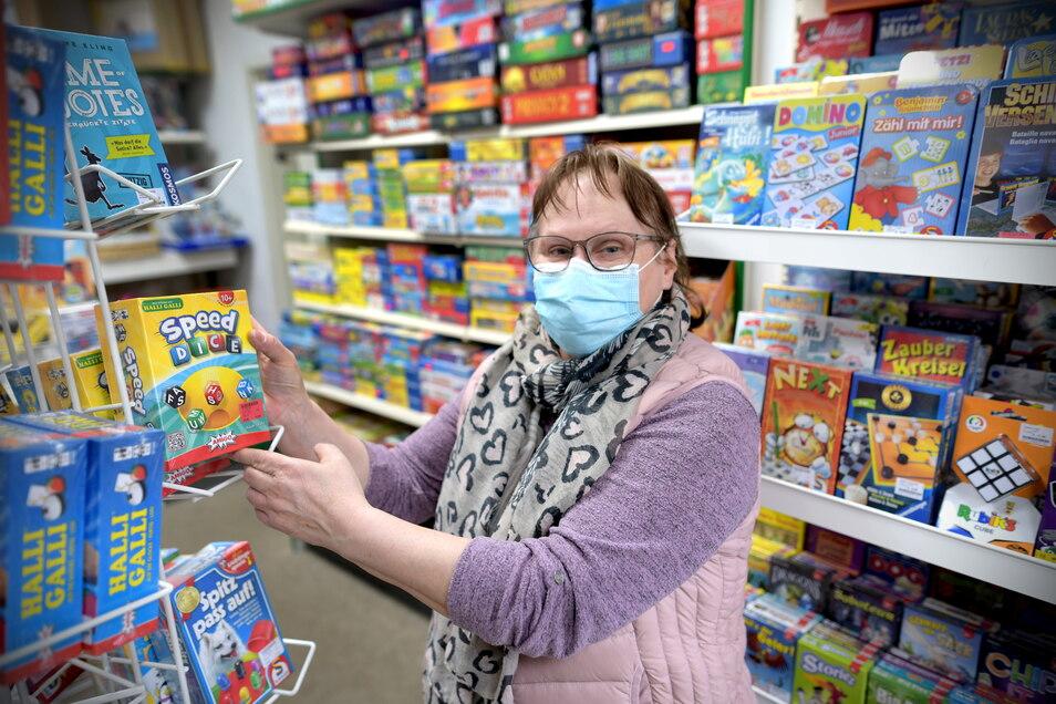 Helga Neugebauer vom Spielzeugladen Langefeld.