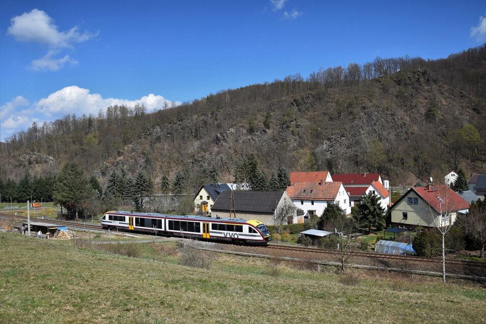 Bis Ende 2021 fährt die Mitteldeutsche Regiobahn (MRB) auf den Gleisen im Müglitztal. Wie es dann weitergeht, wird sich demnächst entscheiden.