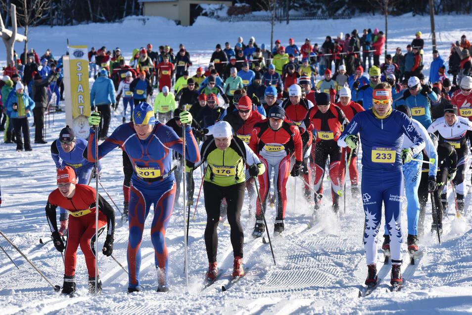 So sah es vor drei Jahren aus, als der Schellerhauer Kammlauf startete. Dieses Jahr muss die Traditionsveranstaltung wohl ohne Schnee auskommen.