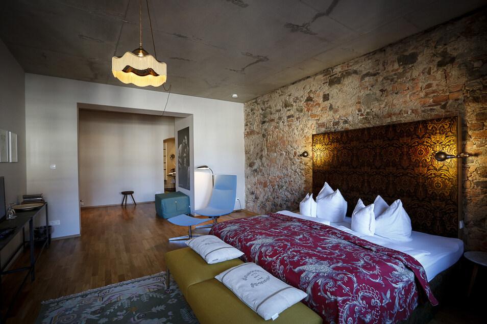 """Die Zimmer im Hotel """"Emmerich"""" am Untermarkt verbinden historische Zitate mit moderner Gestaltung."""