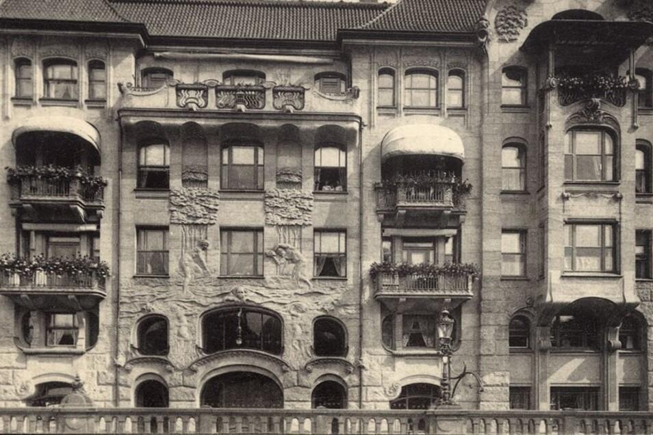Die Jugendstil-Elemente an der Schauseiten-Fassade des Güntzbades, wie auf dieser Postkarte um 1910, beeindruckten. Bilder: Sammlung Holger Naumann (2), privat