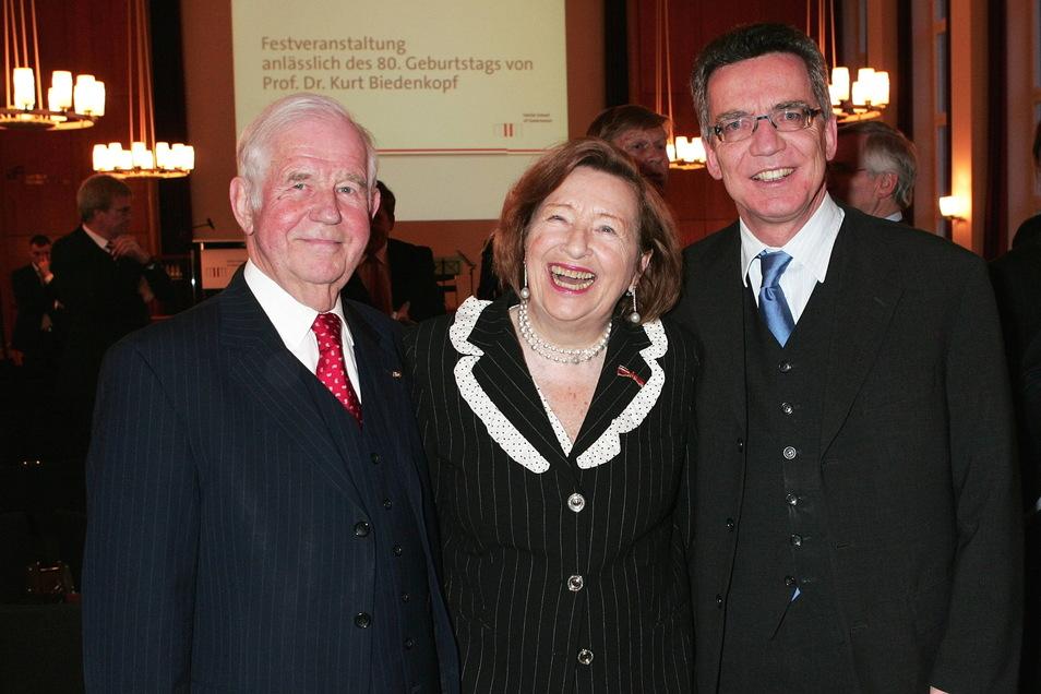 Thomas de Maiziere , Ingrid und Kurt Biedenkopf bei einer Festveranstaltung anlässlich des 80. Geburtstags von Kurt Biedenkopf.