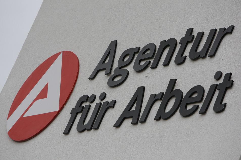 Eine Mitarbeiterin der Agentur für Arbeit in Pirna wurde attackiert.