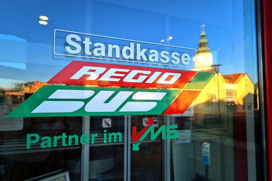 Die Busse von Regiobus fahren voraussichtlich noch bis zum 18. Januar nach Ferienfahrplan.