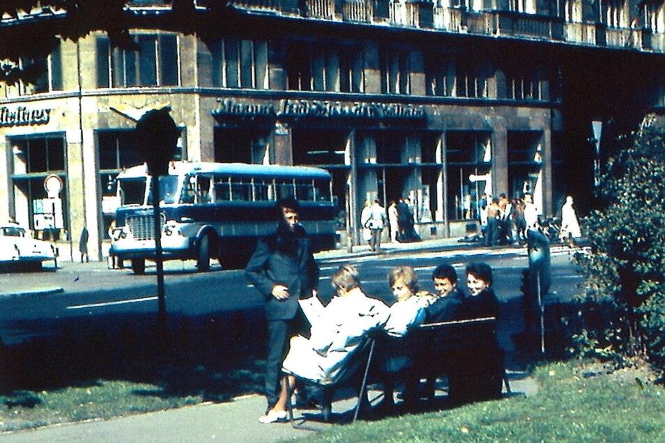 Dieses Foto zeigt das Paar am 23. August 1968 in Budapest. Eigentlich sollte es an diesem Tag per Flugzeug zurück in die DDR gehen.