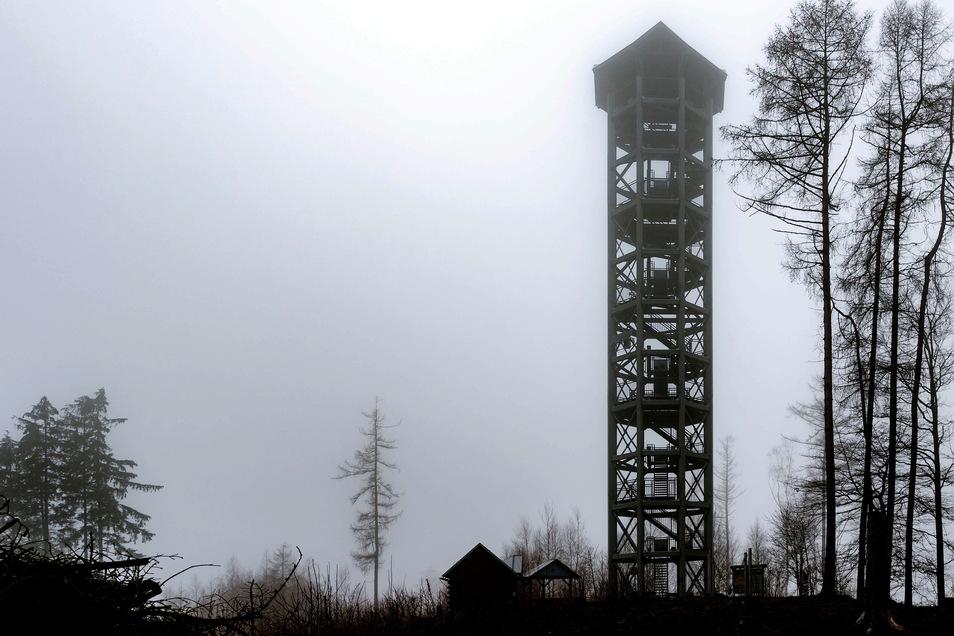 Weifbergturm in Hinterhermsdorf: Sogar auf dem Aussichtsturm wurde ein Hotspot eingerichtet.