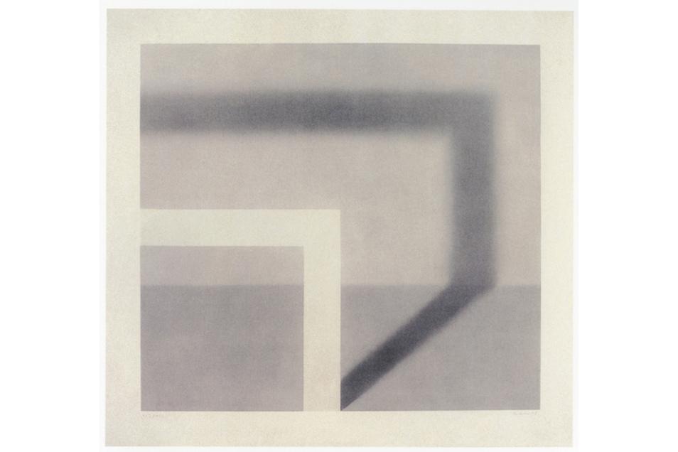 """Gerhard Richters """"Schattenbild I (Edition 18)"""" aus dem Jahr 1968 ist ein Lichtdruck und in der Realität 59,5 x 64,5 cm groß. Er ließ das Bild nach einem Gemälde drucken, das er 1968 malte."""
