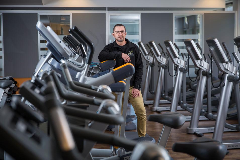 Falk Noack wird am Freitag sein Thomas Sport Center an der Kesselsdorfer Straße wieder öffnen.