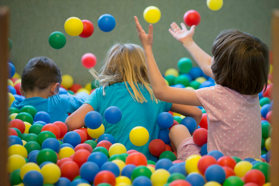 Ein Kinderfest gibt es dieses Jahr zum Kindertag nicht in Riesa - aber eine Eiswagen-Tour als Ersatz.