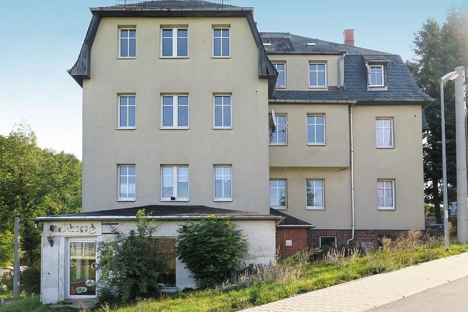 Freistehendes Wohn- und Geschäftshaus in Flöha / Mindestgebot 109.000 Euro