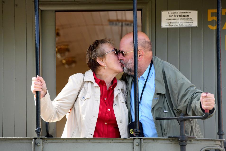 Barbara und Volker Döring heirateten am 14. September 2013 als erste im Boahnl. Seitdem kommen sie zu jeder Hochzeit und gratulieren den Paaren.